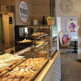 Die Filiale von REINERS bread & snack in Furth.